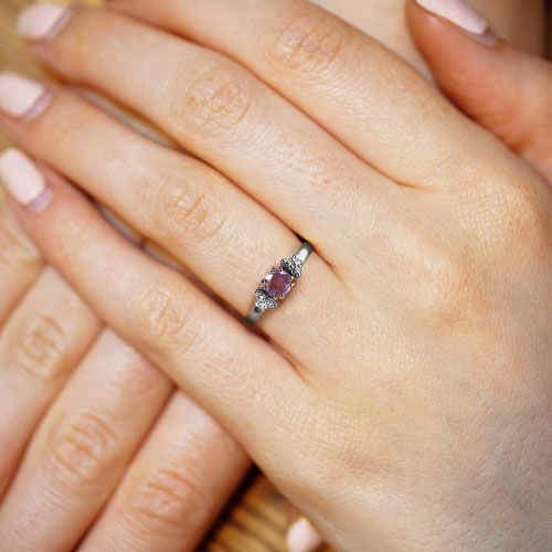 17110-mixed-metal-lilac-sapphire-and-diamond-engagement-ring_5.jpg