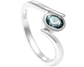17532-sterling-silver-twist-band-with-oval-central-topaz_1.jpg