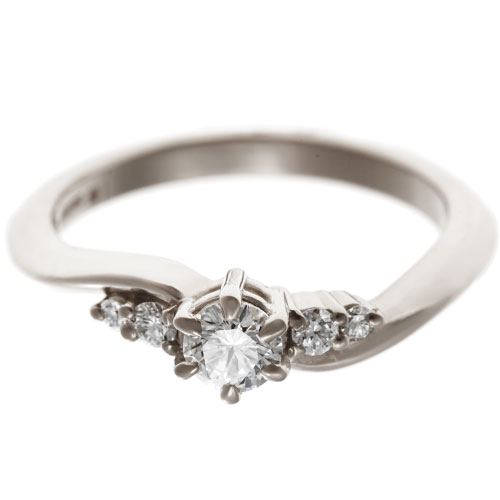17414-fairtrade-white-gold-diamond-ring-with-delicate-flow_6.jpg