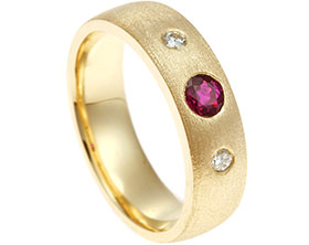 17521-invisibly-set-diamond-and-ruby-yellow-gold-eternity-ring_1.jpg