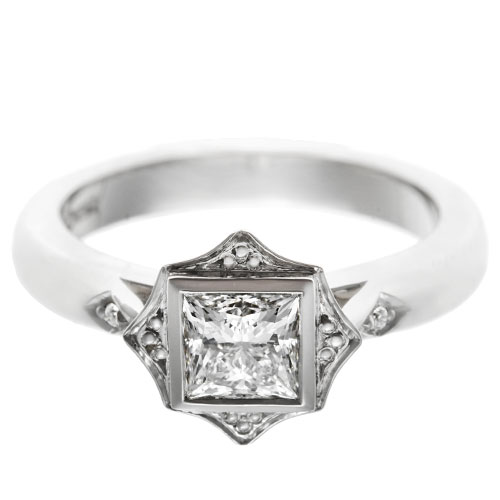17685-platinum-princess-cut-diamond-engagement-ring-with-shaped-setting_6.jpg