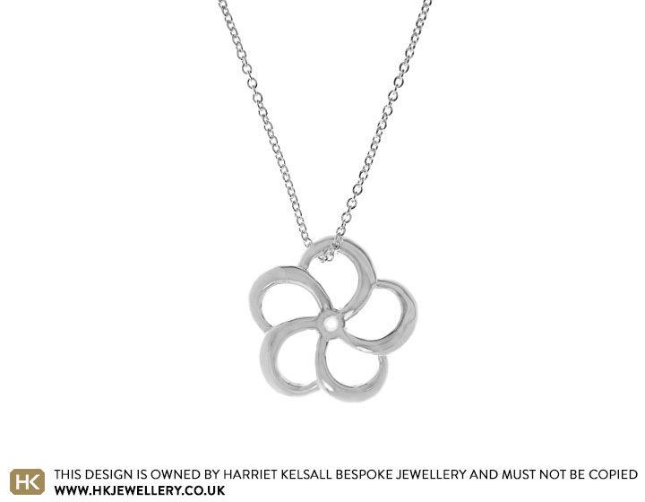 17777-Fairtrade-sterling-silver-primrose-inspired-pendant_2.jpg