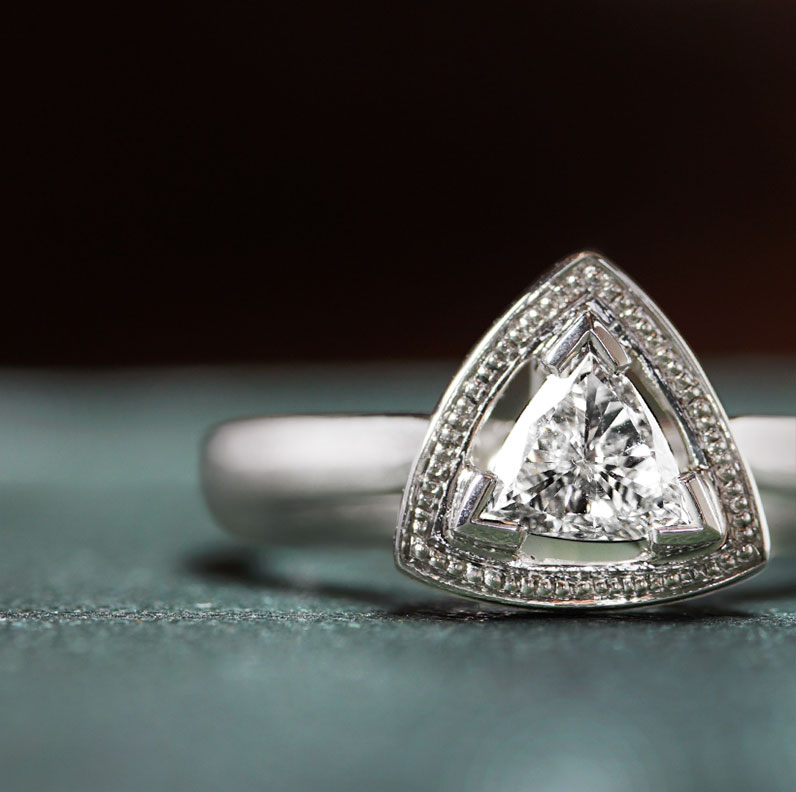 17778-platinum-trilliant-cut-engagement-ring-with-beading-detail_9.jpg