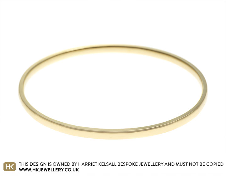 17784-9-carat-yellow-gold-bangle_2.jpg