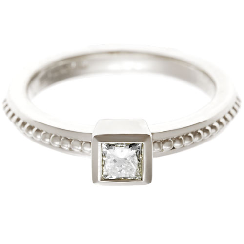 17642-Fairtrade-9-carat-white-gold-princess-cut-engagement-ring_6.jpg