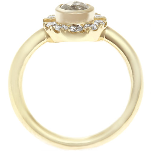 17835-Fairtrade-yellow-gold-engagement-ring-grey-and-white-diamonds_3.jpg