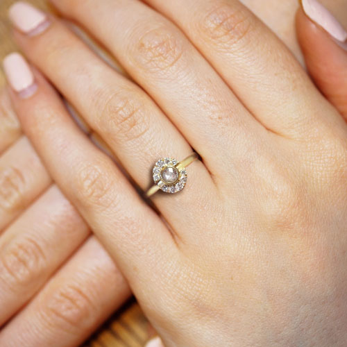 17835-Fairtrade-yellow-gold-engagement-ring-grey-and-white-diamonds_5.jpg