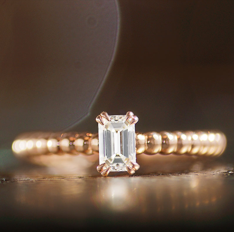 17872-rose-gold-emerald-cut-diamond-ring-with-bubble-style-detailing_9.jpg
