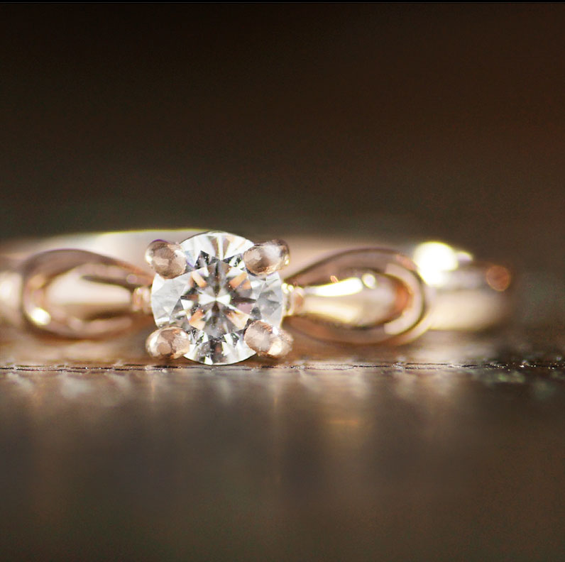 17940-rose-gold-celtic-inspired-dara-knot-with-diamond-solitaire_9.jpg