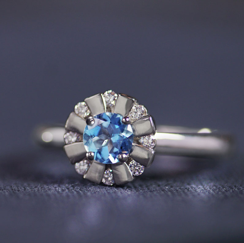 17879-platinum-engagement-ring-with-aquamarine-centre-and-diamond-halo_9.jpg