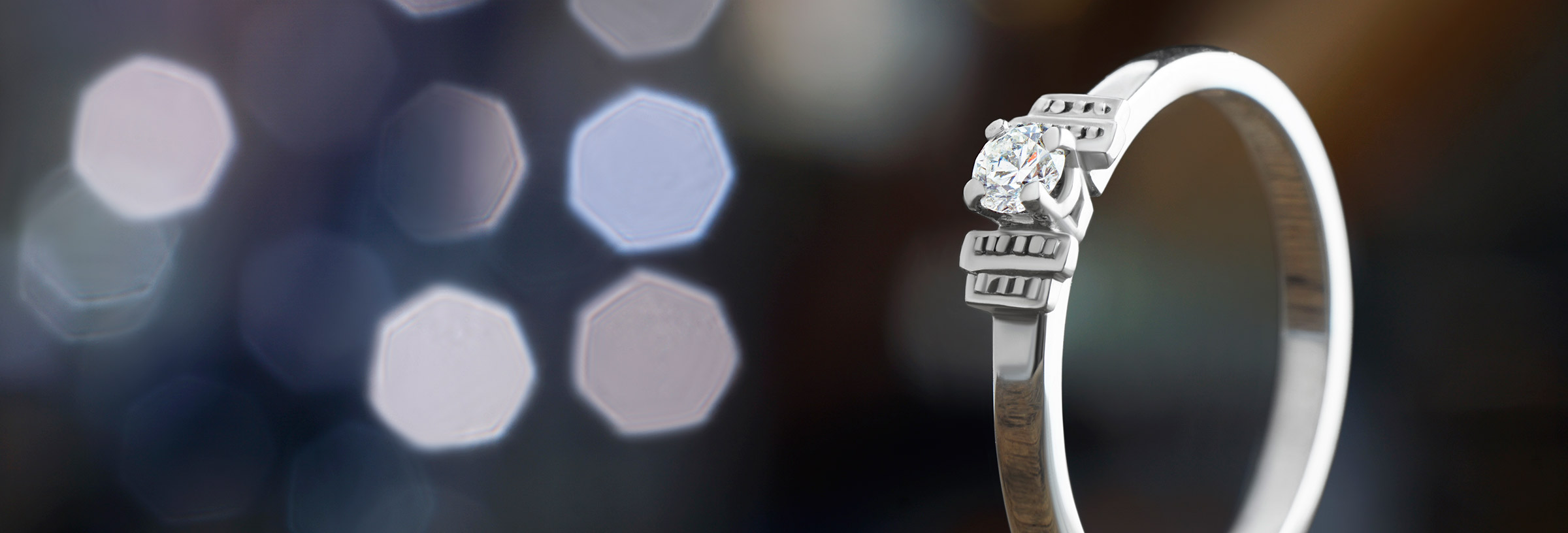 white-gold-antique-style-diamond-engagement-ring