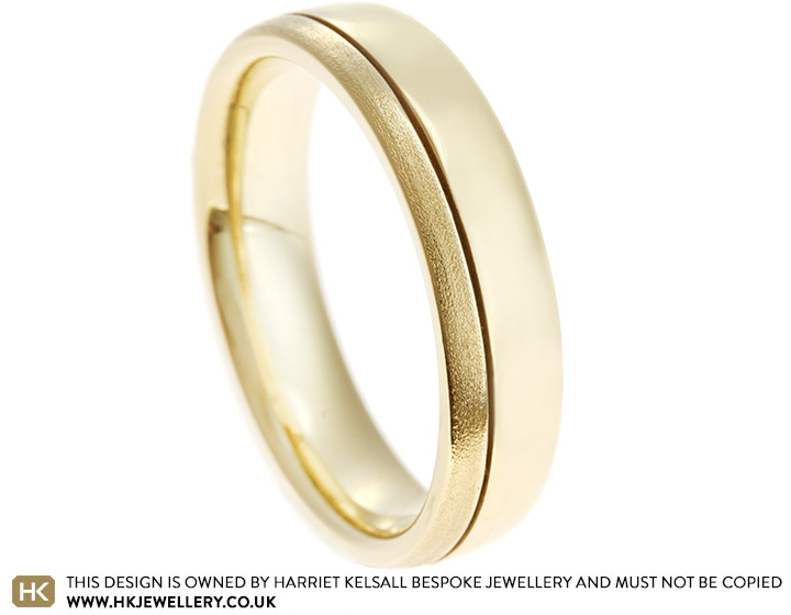 1590-mixed-finish-9ct-yellow-gold-wedding-ring_2.jpg