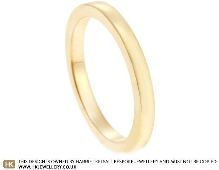 9020-fairtrade-yellow-gold-wedding-band-with-gentle-curve_2.jpg