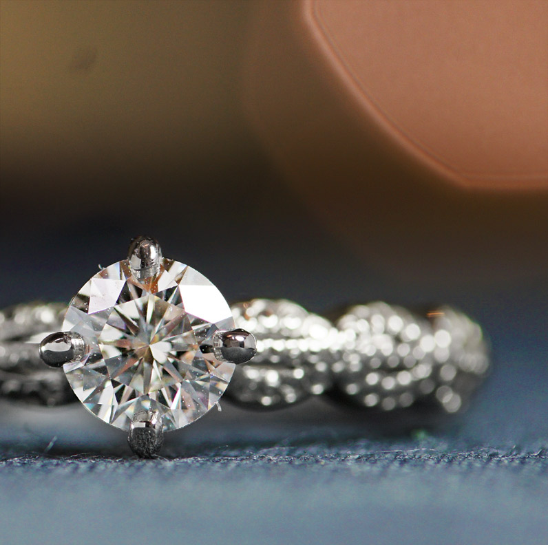 17921-platinum-vintage-lace-inspired-diamond-engagment-ring_9.jpg