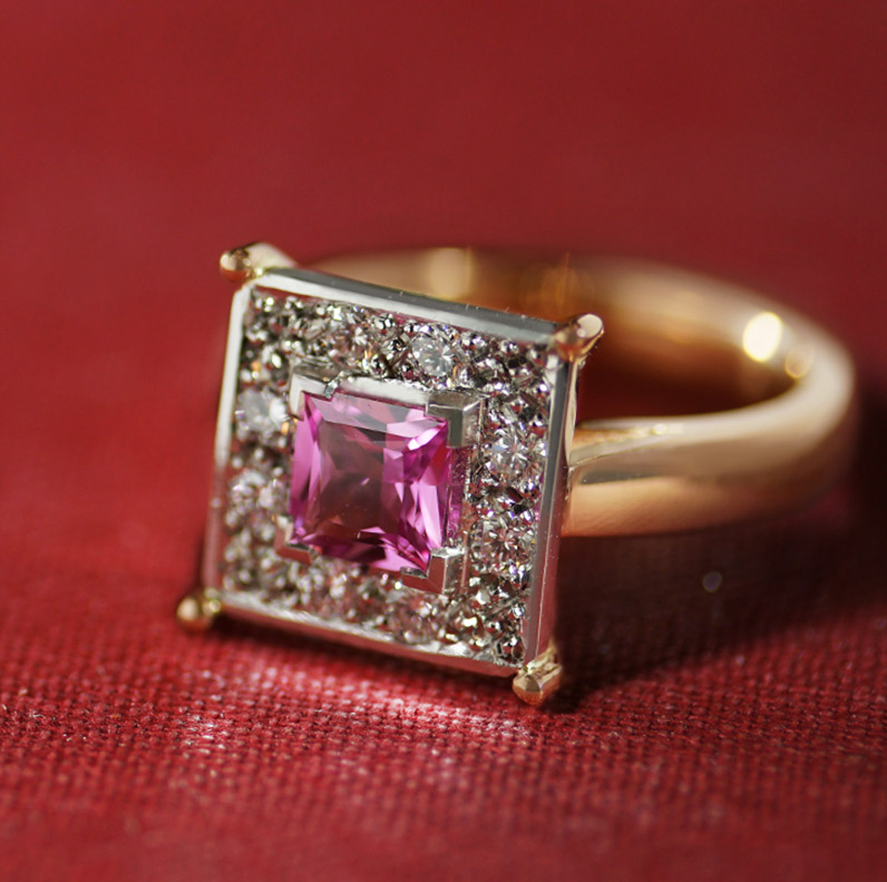 17706-platinum-and-rose-gold-engagement-ring-with-pink-sapphire-and-diamonds_9.jpg