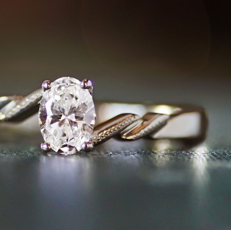 17344-fairtrade-9-carat-white-gold-engagement-ring-with-oval-cut-diamond_9.jpg