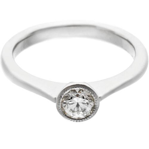 10872-mill-grained-platinum-diamond-solitaire-engagement-ring_6.jpg