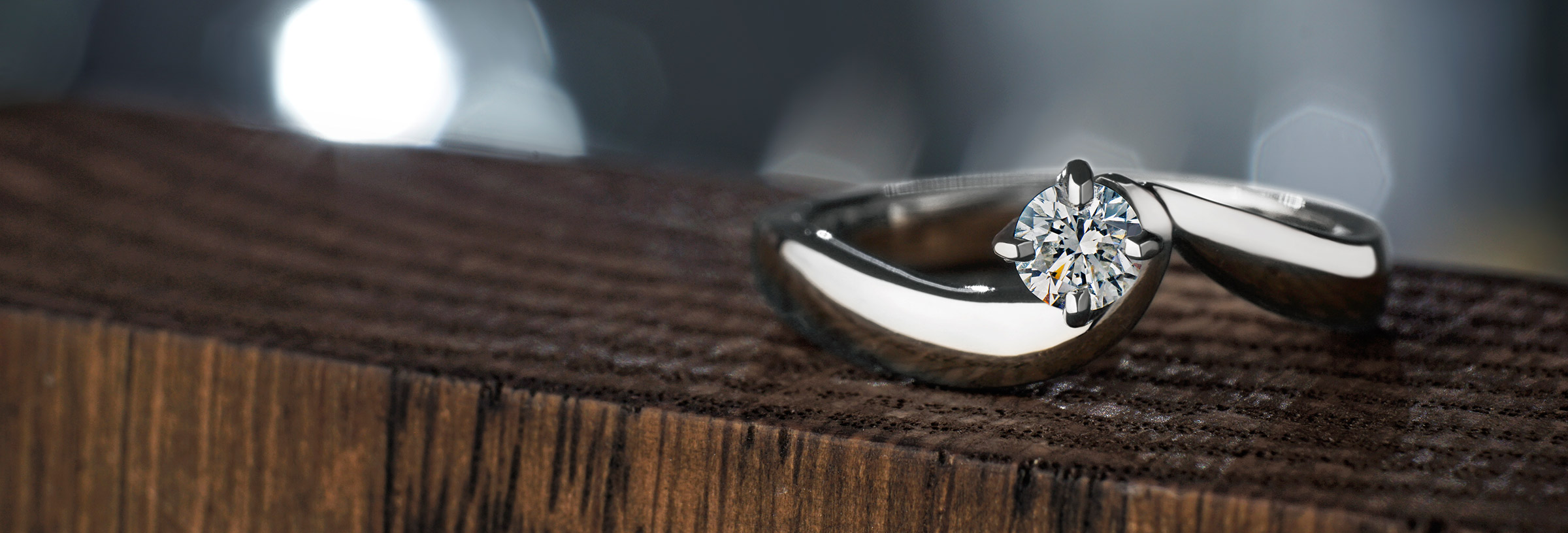 twist-style-platinum-and-diamond-engagement-ring
