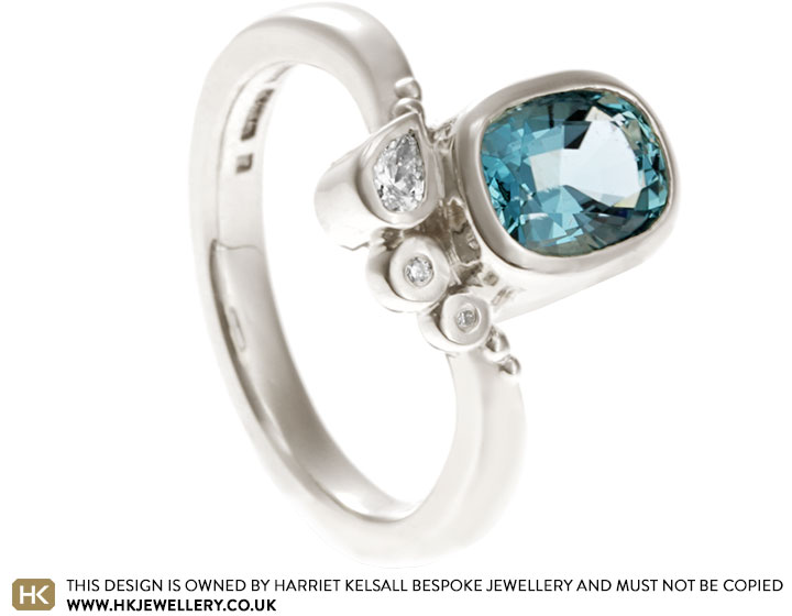 17986-white-gold-engagement-ring-oval-aquamarine-and-diamond_2.jpg