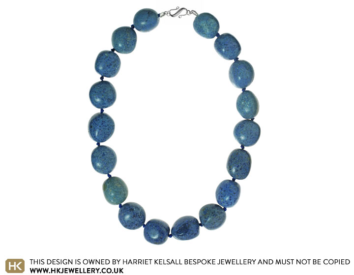 19243-peruvian-dumortierite-full-knotted-bead-necklace_2.jpg
