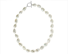 19336-fully-knotted-ivory-pearl-necklace_1.jpg