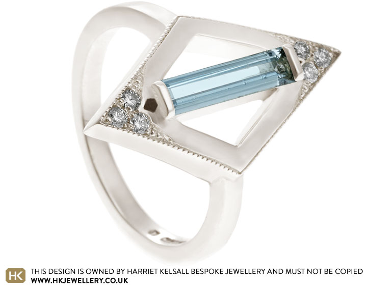 18613-white-gold-diamond-and-baguette-cut-aquamarine-dress-ring_2.jpg