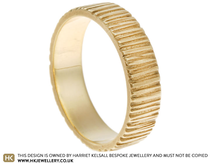 14247-yellow-gold-wood-grain-and-satinised-wedding-band_2.jpg