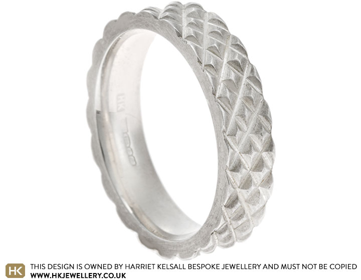 17444-sterling-silver-satinised-band-with-criss-cross-design_2.jpg