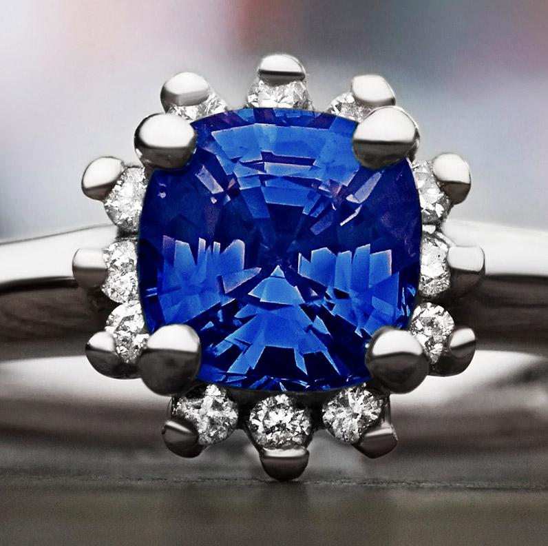 ring-13242-1-09ct-cushion-cut-blue-tanzanite-and-9ct-white-gold-engagement-ring_9.jpg