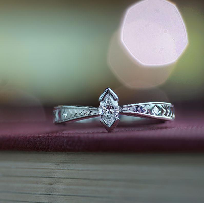 17124-palladium-ring-with-marquise-diamond-and-chevron-engraving_9.jpg