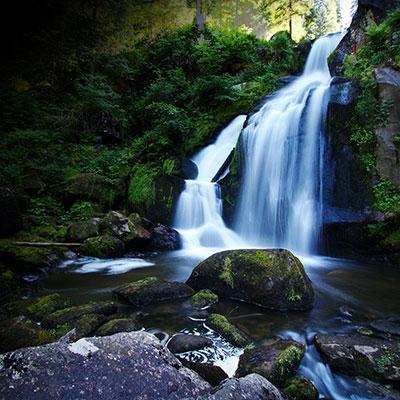 waterfall-3838260_1920_7.jpg