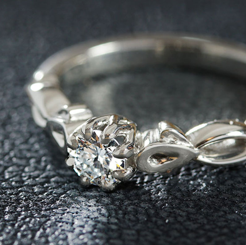 17415-platinum-twisting-vine-inspired-diamond-engagement_9.jpg