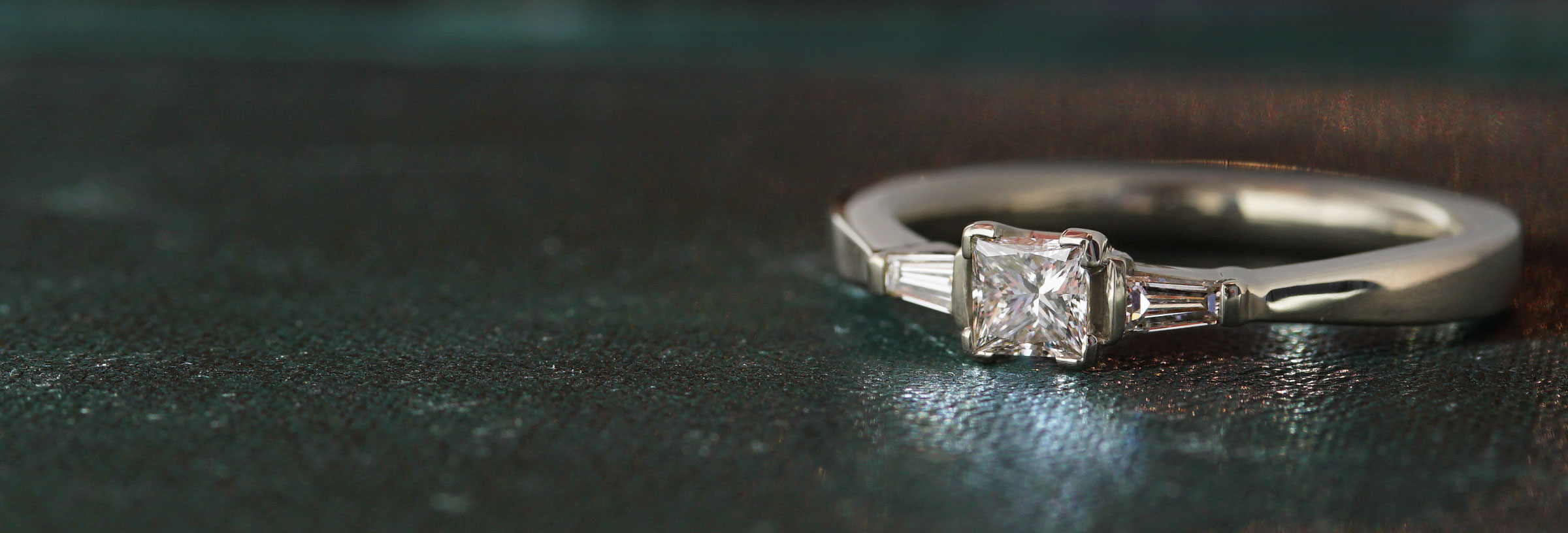 white-gold-and-diamond-modern-geometric-engagement
