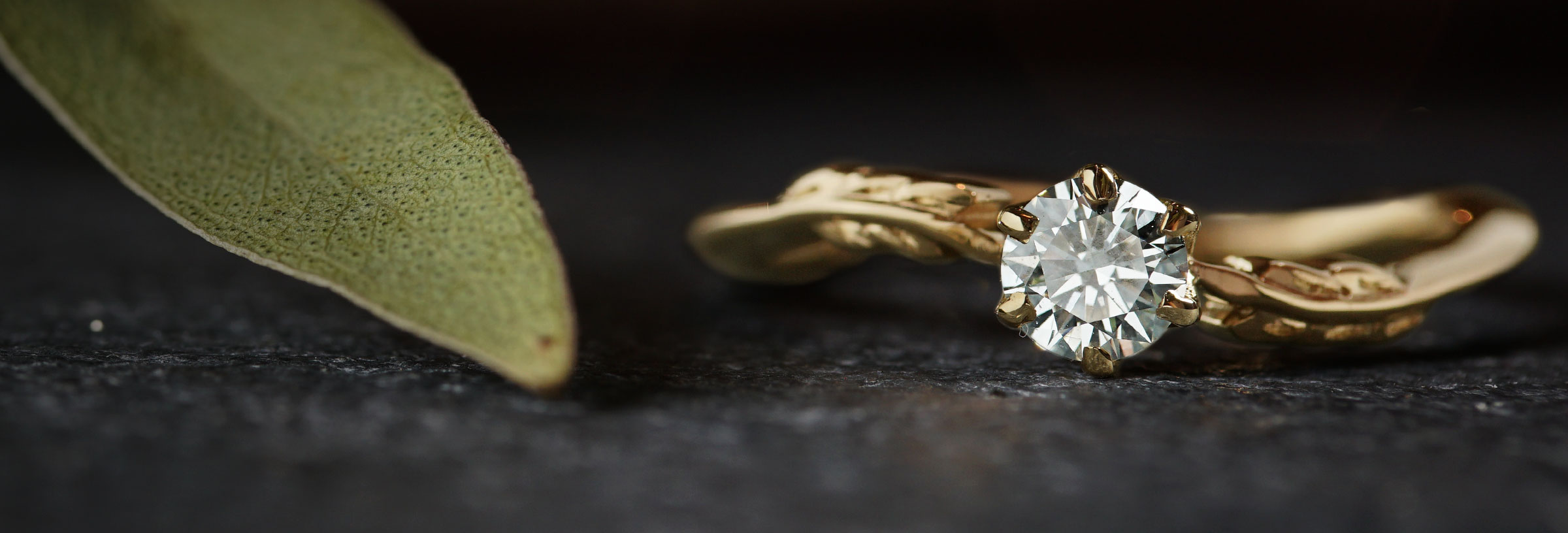 leaf-inspired-yellow-gold-and-diamond-engagement-ring