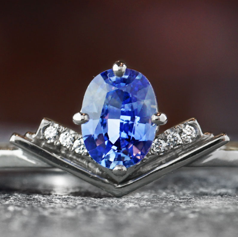 18905-book-inspired-platinum-diamond-and-sapphire-engagement-ring_9.jpg