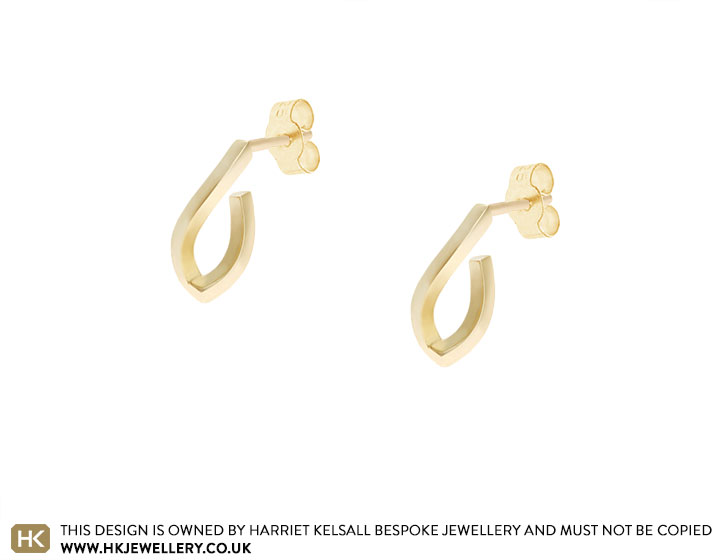 18470-yellow-gold-gentle-geometric-hoop-earrings_2.jpg