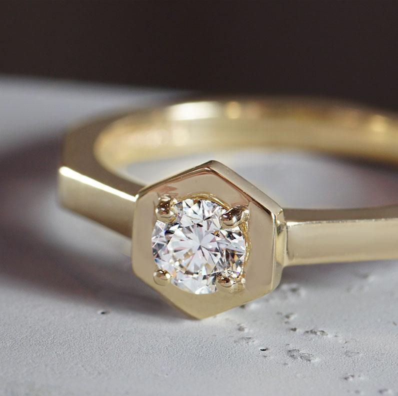 19083-yellow-gold-hexagonal-engagement-ring-with-hexagonal-set-diamond_9.jpg