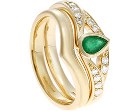 19470-yellow-gold-twisting-diamond-and-pear-cut-emerald-engagement-ring_1.jpg