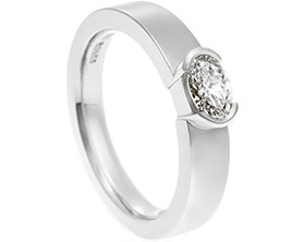 19555-oval-cut-end-set-diamond-and-platinum-engagement-ring_1.jpg