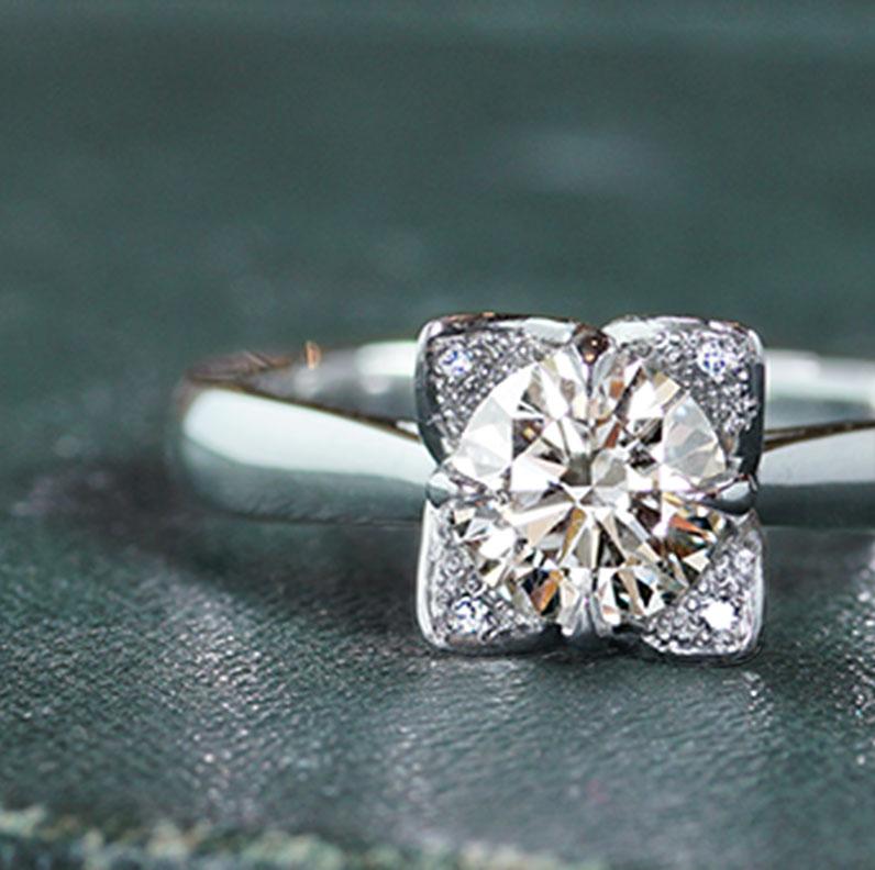 17105-petal-inspired-platinum-diamond-engagement_9.jpg