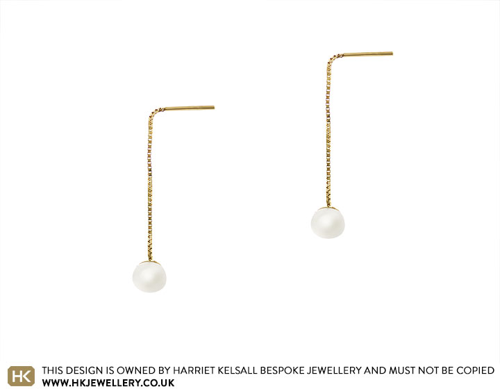18793-yellow-gold-and-ivory-pearl-pull-through-earring_2.jpg