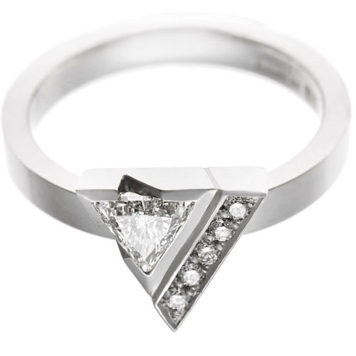 18103-dramatic-palladium-engagement-ring-with-diamonds-with-triangular-setting_6.jpg