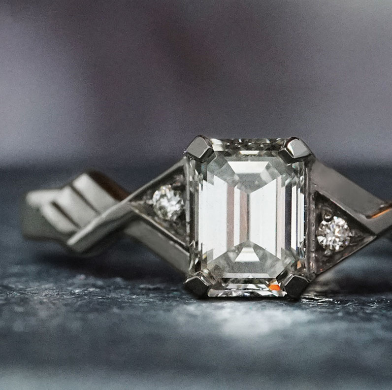 19044-palladium-art-deco-inspired-emerald-cut-diamond-engagement-ring_9.jpg