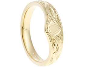 19956-9-carat-yellow-gold-relief-engraved-celtic-wedding-band_1.jpg
