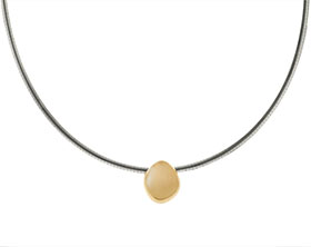20104-yellow-gold-pebble-pendant-with-sterling-silver-chain_1.jpg