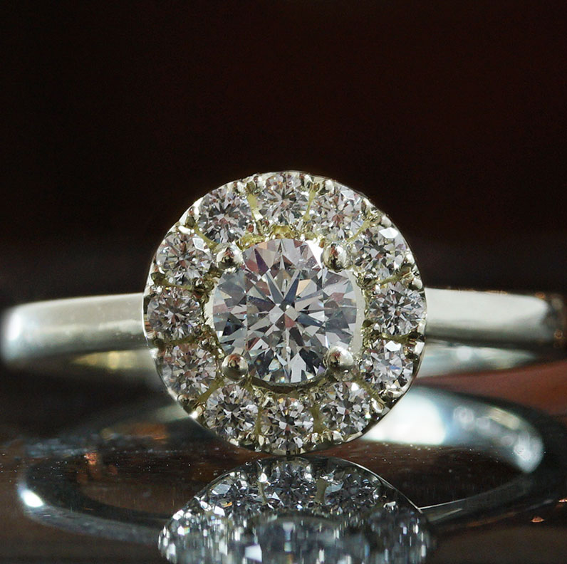 20124-white-gold-and-diamond-halo-engagement-ring_9.jpg