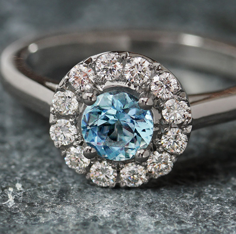 20125-platinum-aquamarine-and-diamond-halo-engagement-ring_9.jpg