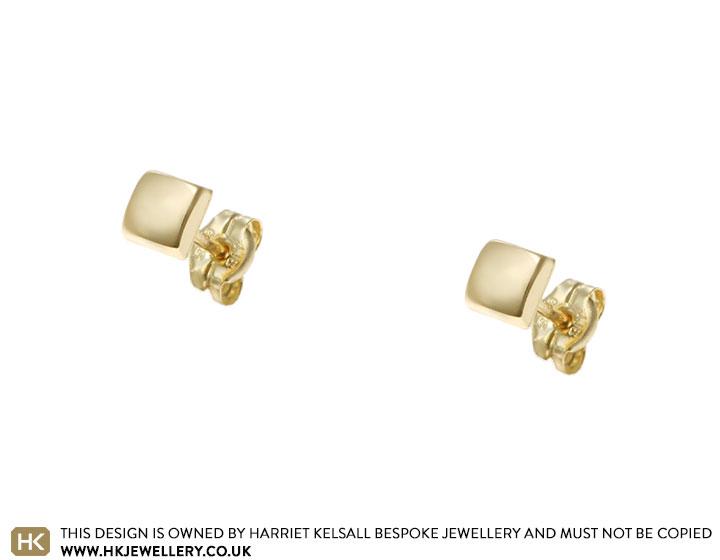 20331-14-carat-yellow-gold-square-shaped-stud-earrings_2.jpg