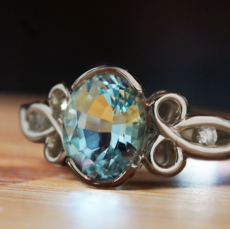 19042-white-gold-mozambique-aquamarine-and-diamond-engagement-ring_9.jpg