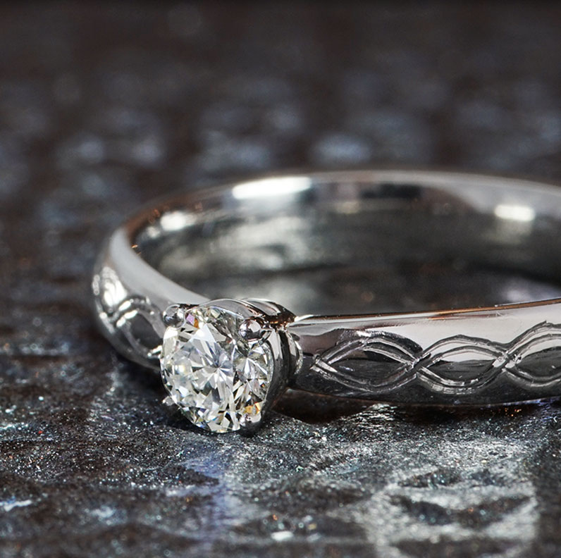 18675-platinum-solitaire-engagement-ring-with-celtic-knot-engraving_9.jpg